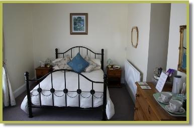 red-lion-inn-partney-room-2