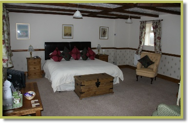 red-lion-inn-partney-room-4